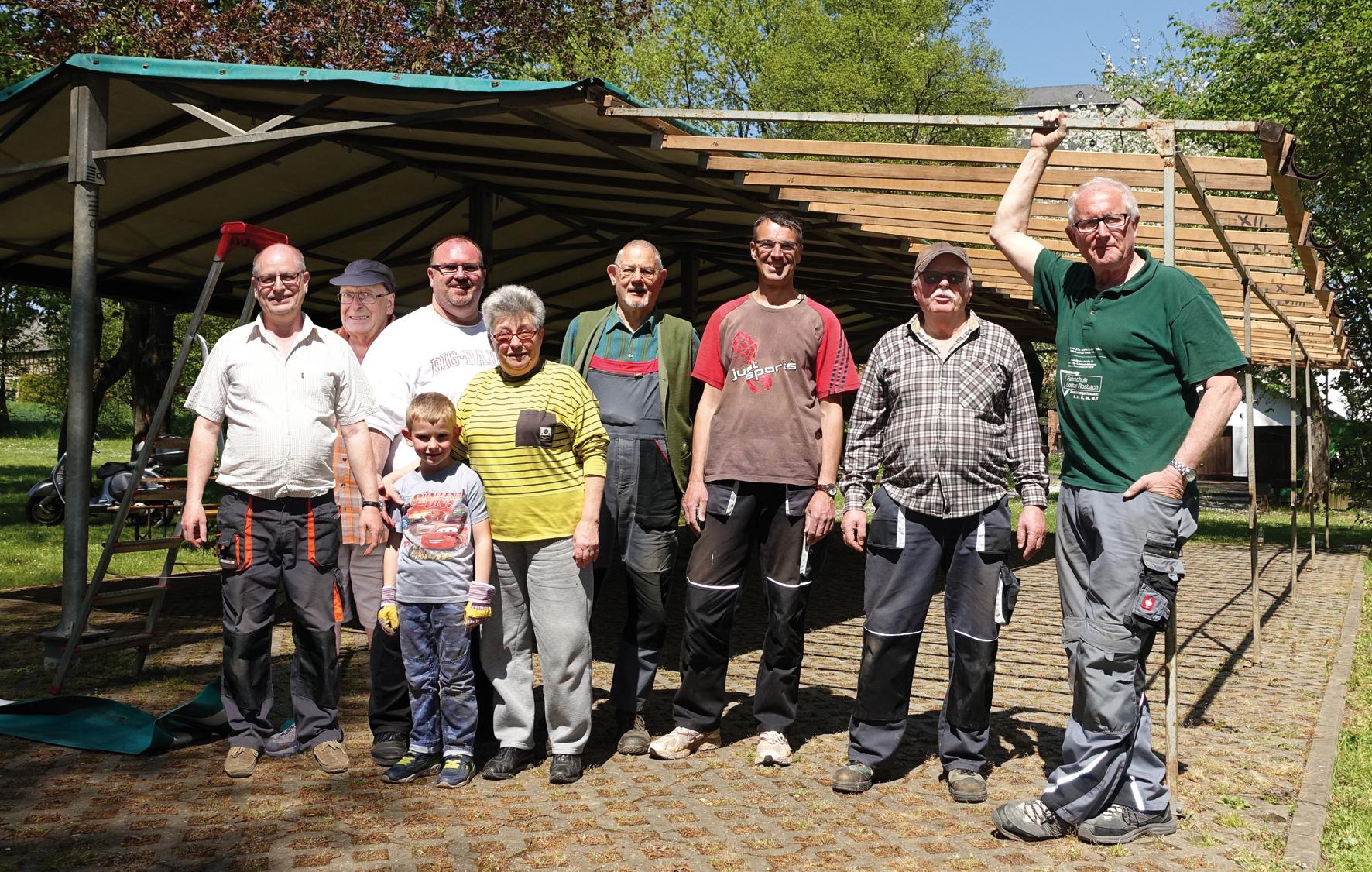Aufbau Sommerzelt am 7. Mai 2016